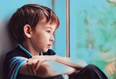 lo que puede significar un niño callado y obediente