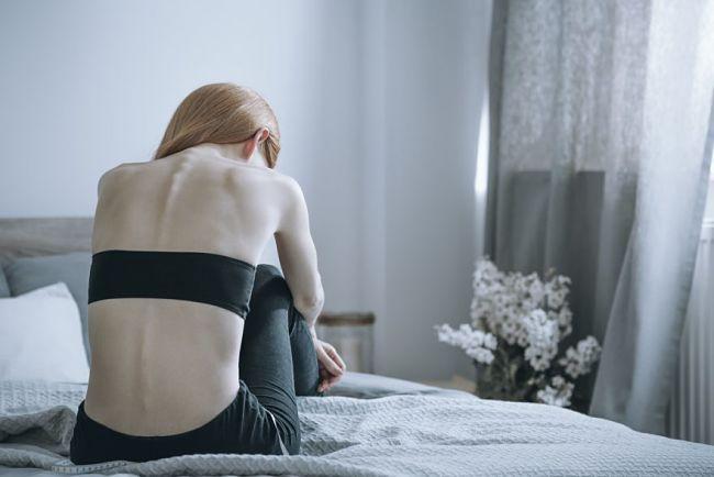 una mujer con pérdida de peso sin motivos