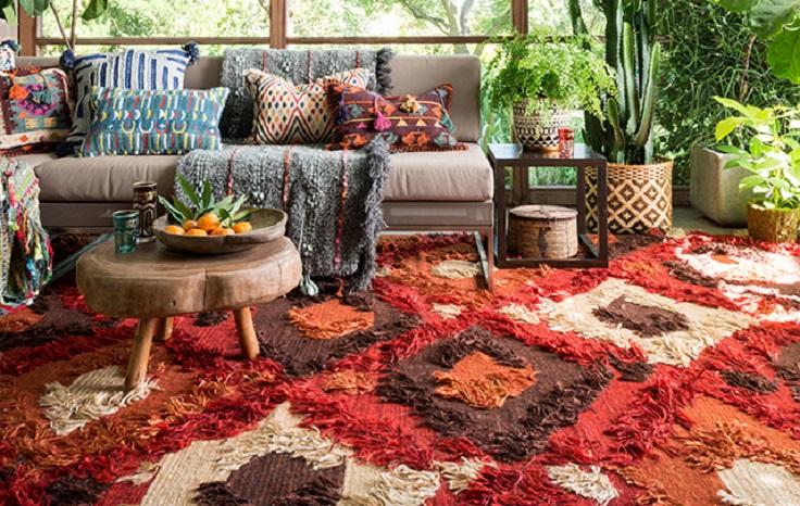 hogar acogedor con alfombra