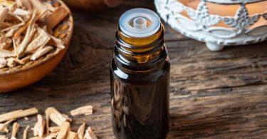 Conoce los múltiples usos del aceite de cedro