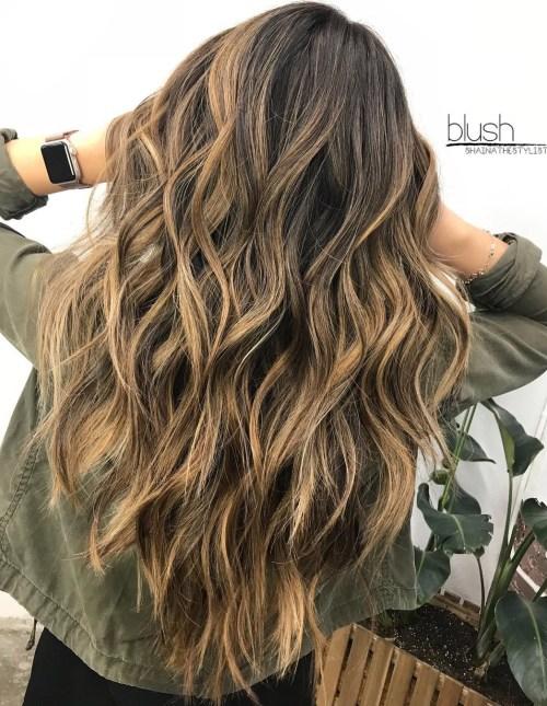 cortes de pelo para cabello grueso y esponjado largo y en capas