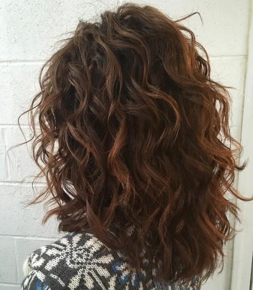corte de pelo para cabello grueso y abundante con rizado