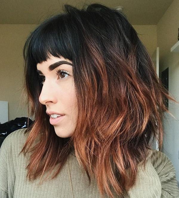 cortes de pelo para cabello grueso con capas ombré y flequillo