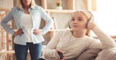 Hijos que no quieren escuchara sus padres