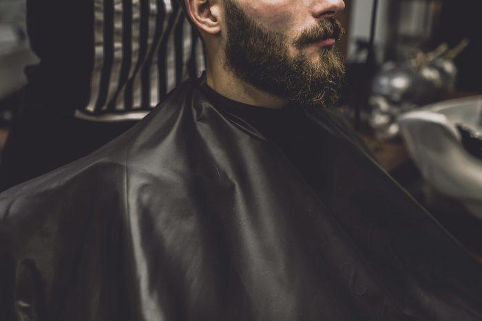 bálsamo para barba crecida