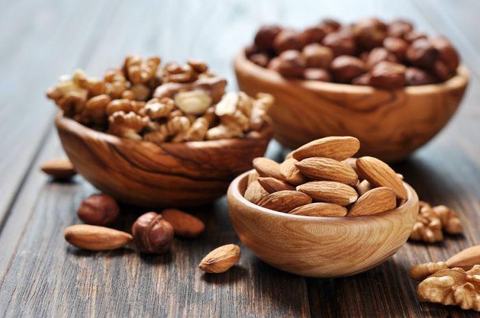 Frutos secos, almendras, nueces y otros