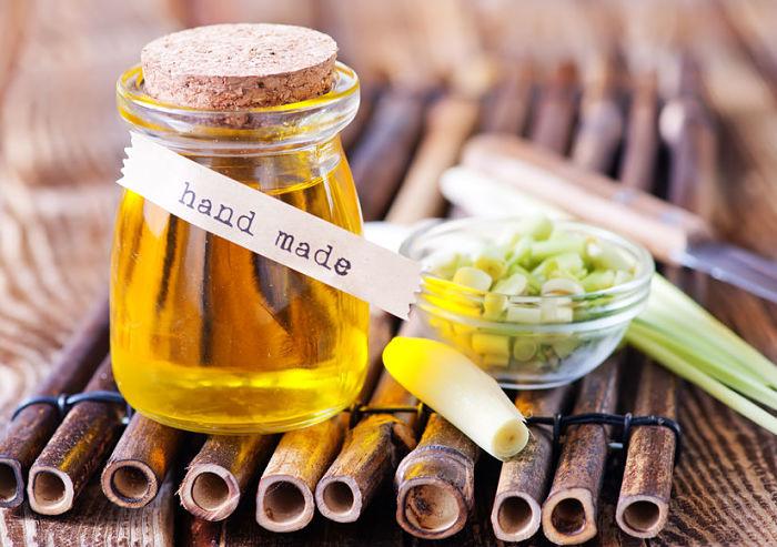 Beneficios del aceite de hierba luisa