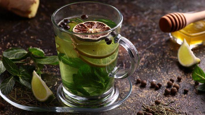 Taza de té de cáscara de limón
