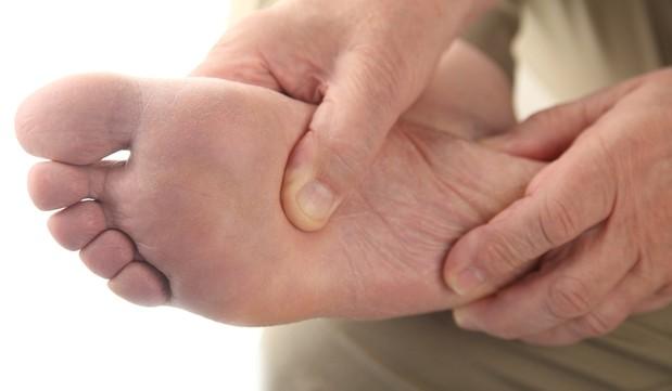 dolor de pies masaje