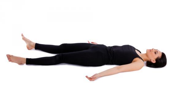sesión de yoga Savasana