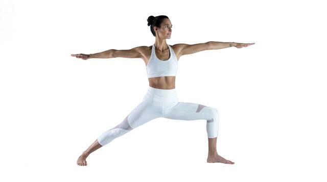 sesión de yoga Virabhadrasana II