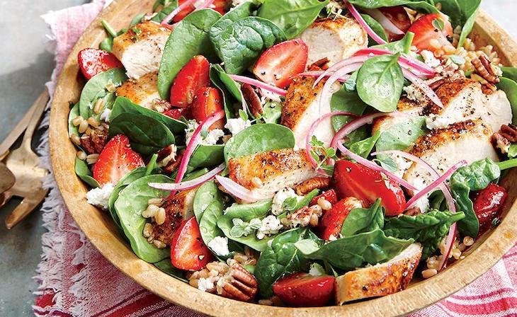 ensalada para perder peso con fresas