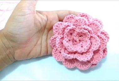 Elabora una flor a crochet paso a paso