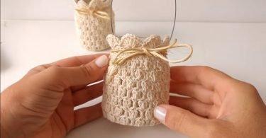 Cómo adornar portavelas tejidas al crochet