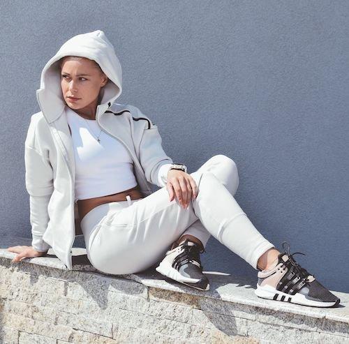 outfits para mujeres athleisure