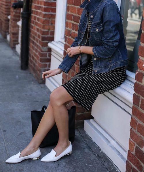 mujeres bajitas con zapatos de punta