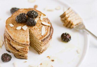 Pancake vegano para tener un desayuno saludable