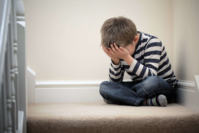 Señales de que un niño sufre abuso emocional