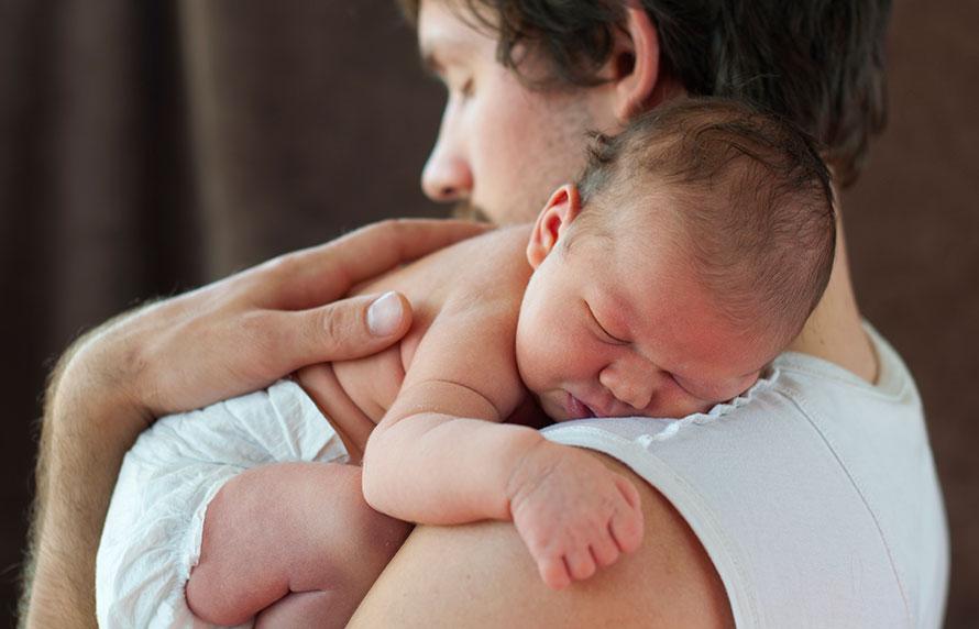 Consejos para aliviar el cólico infantil