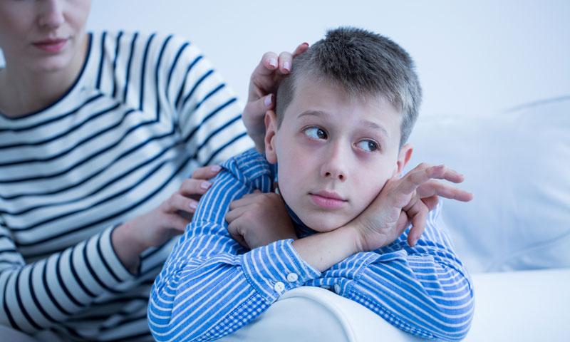 Niño que padece autismo