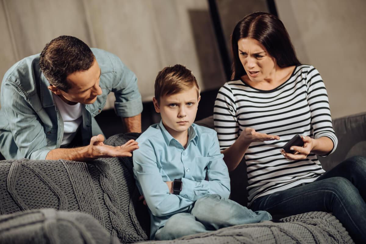 Relación de codependencia entre niño y padres
