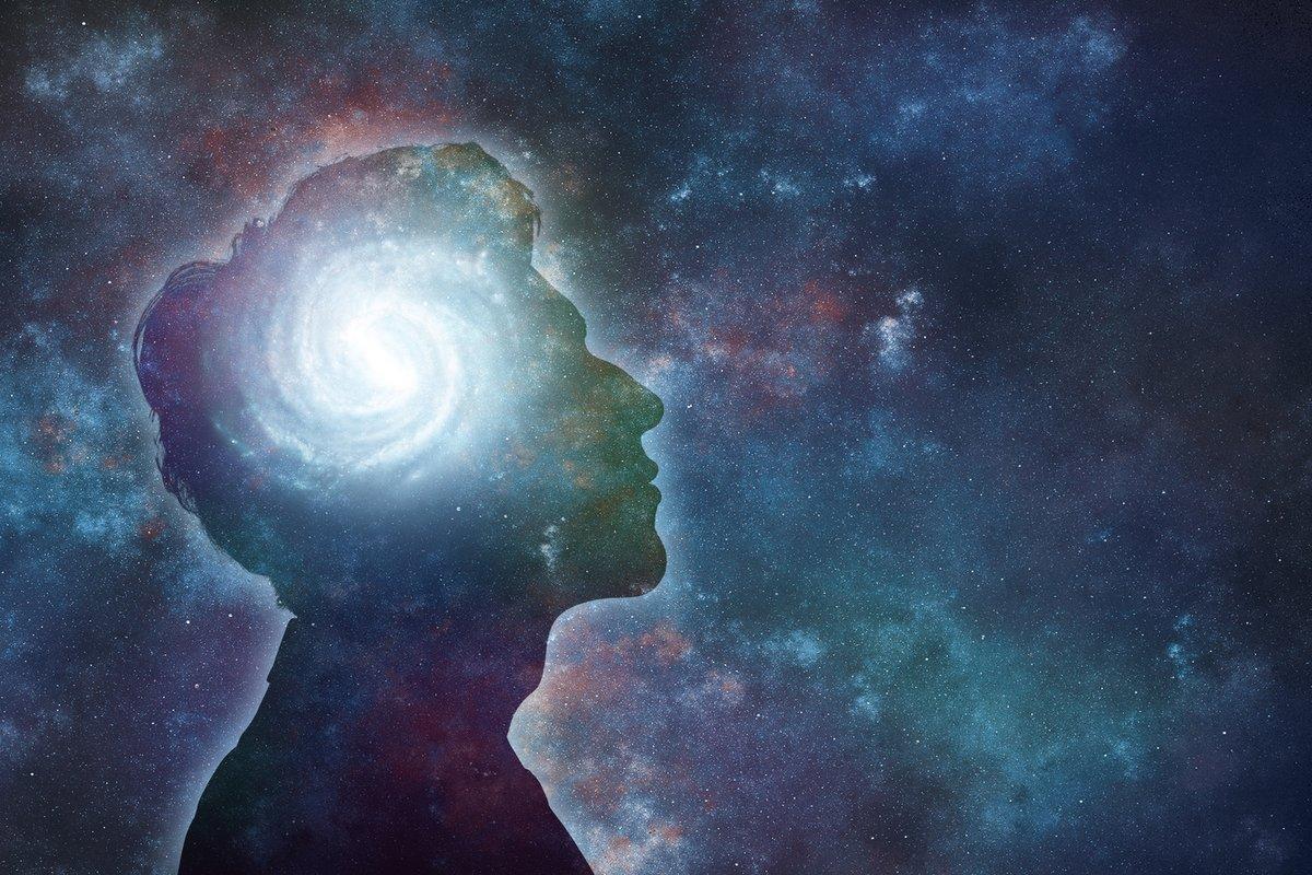 Pensamientos negativos por dormir mal o pocas horas por la noche