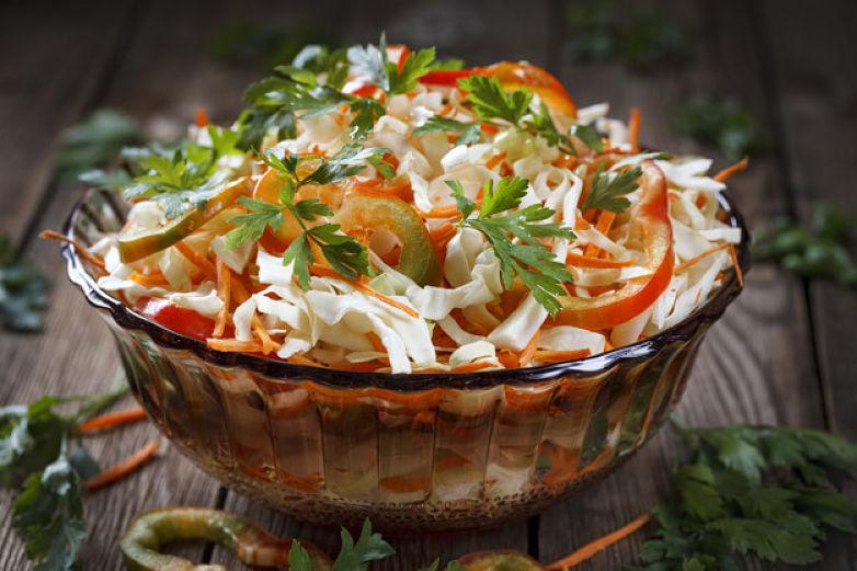 Prepara una deliciosa ensalada detox casera