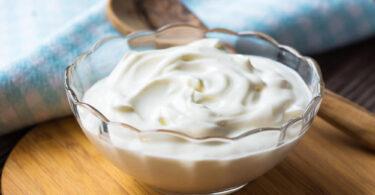 Beneficios del yogur griego para el desayuno