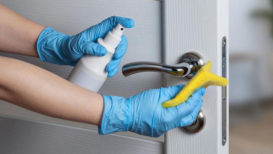 Bacterias en las puertas que requieren una limpieza