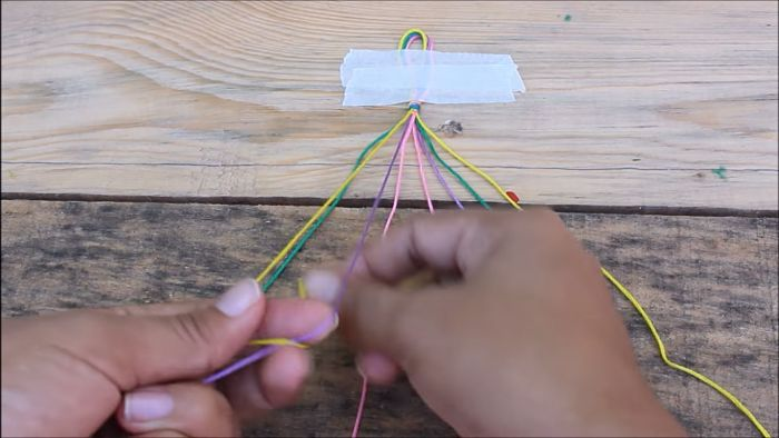 Cómo hacer pulseras con hilo encerado paso a paso 5