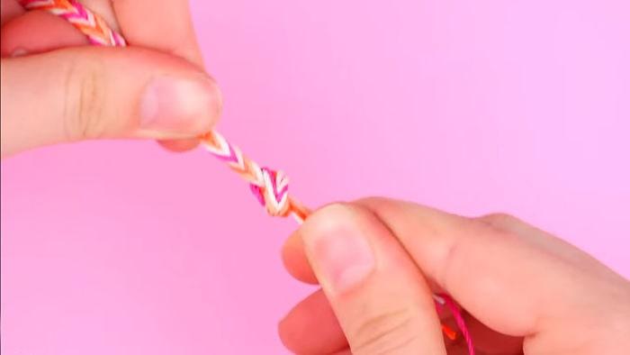 Cómo hacer pulseras con hilo encerado paso a paso 13